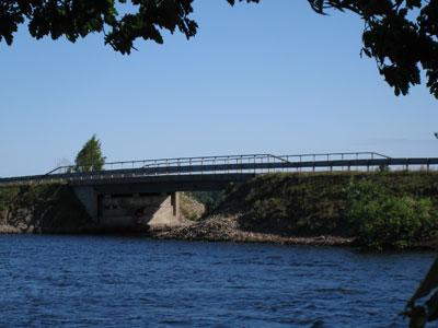 Bron till Bolmsö